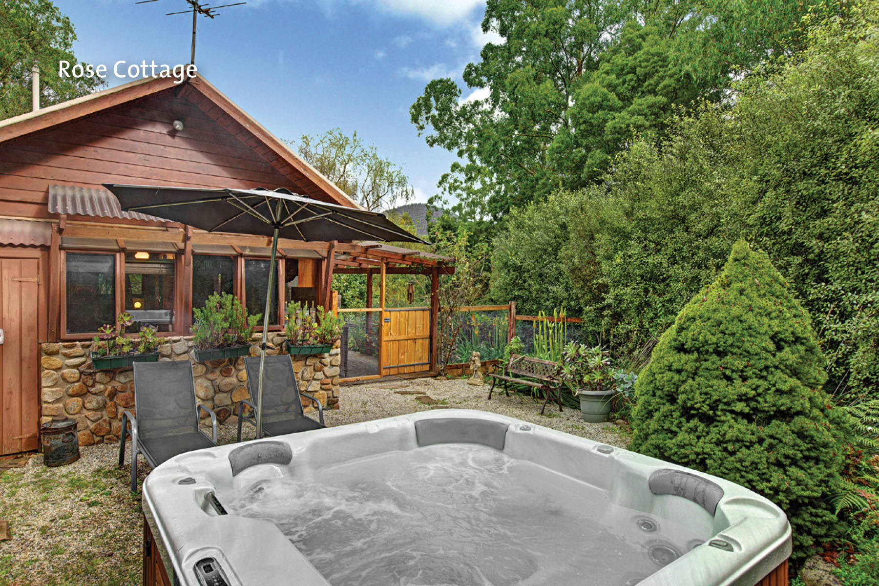 Warburton Luxury Accommodation B B Boutique Spa Cottages Forget Me Not Cottages